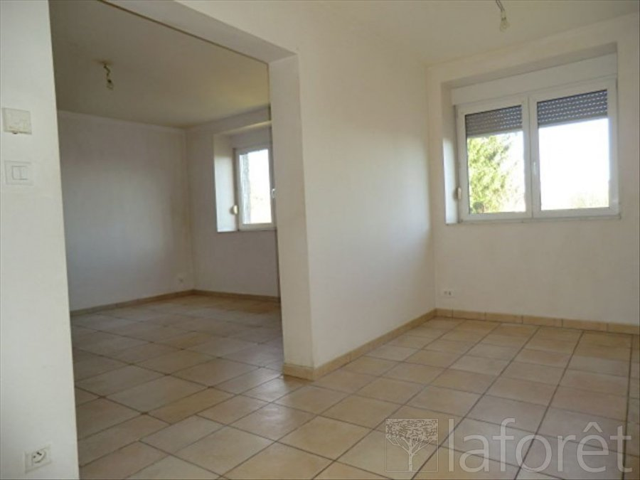 louer appartement 4 pièces 115.59 m² bébing photo 1