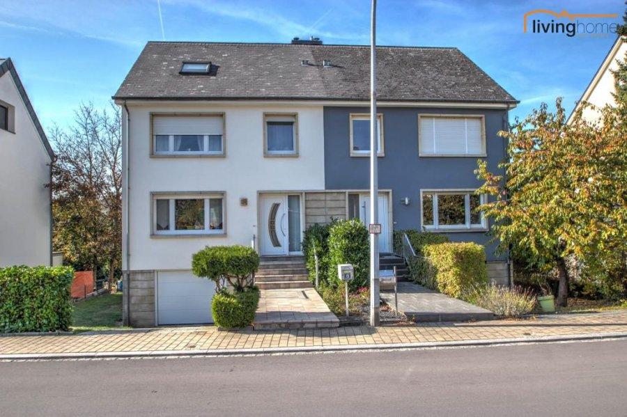 Maison jumelée à vendre 5 chambres à Mamer