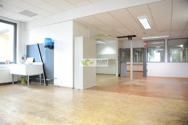 louer local commercial 0 chambre 735 m² luxembourg photo 7