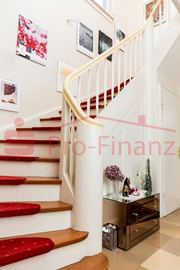 einfamilienhaus kaufen 8 zimmer 269 m² saarbrücken foto 2