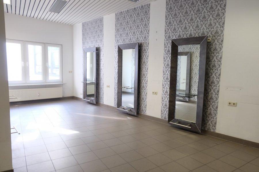 louer local commercial 0 chambre 145 m² ettelbruck photo 3