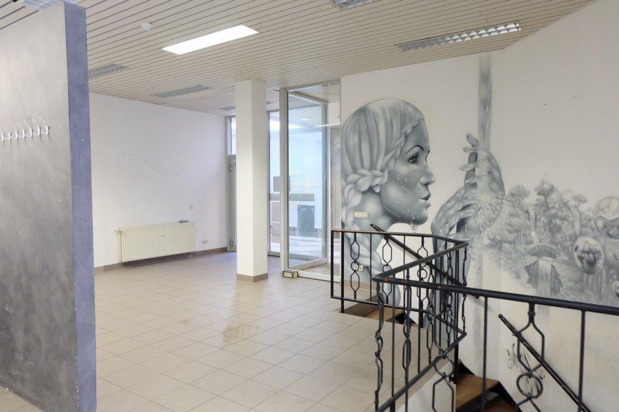 louer local commercial 0 chambre 145 m² ettelbruck photo 4