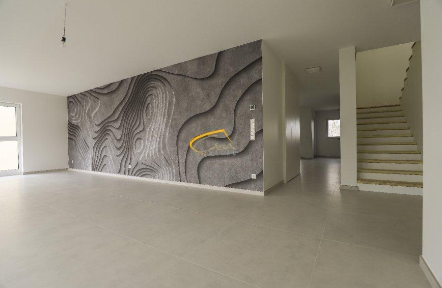 louer duplex 4 chambres 235 m² mamer photo 4
