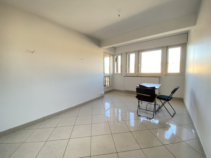 louer appartement 5 pièces 128 m² metz photo 5