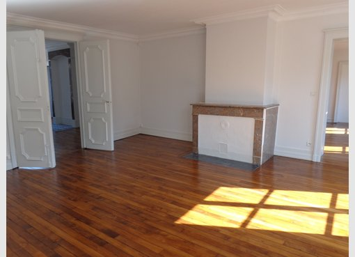 location appartement f5 metz centre ville moselle r f 5175221. Black Bedroom Furniture Sets. Home Design Ideas
