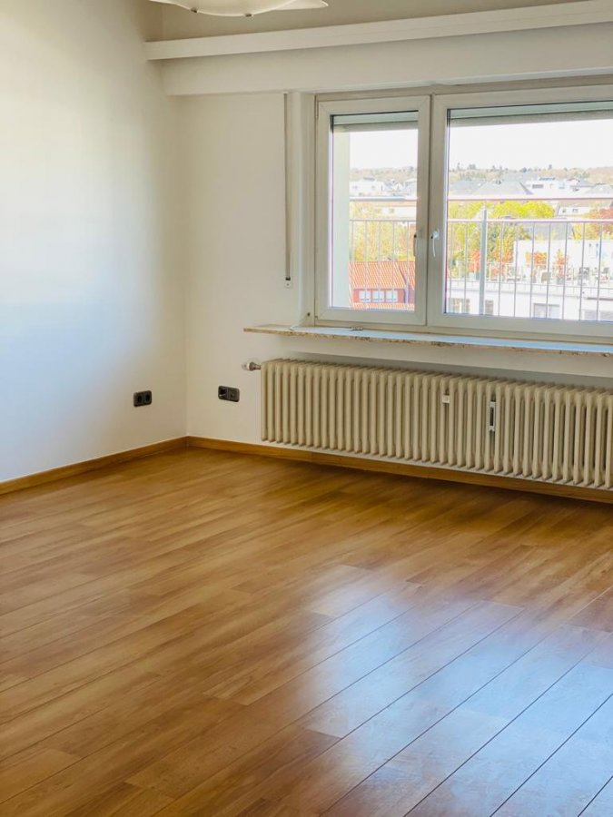 apartment for rent 2 bedrooms 96 m² strassen photo 5