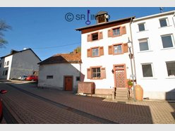 Semi-detached house for sale 5 rooms in Neuerburg - Ref. 4894389