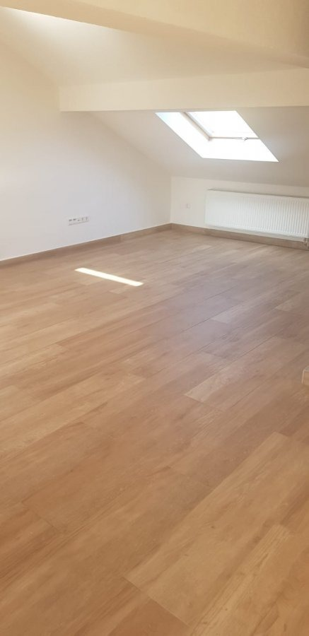 apartment for rent 2 rooms 75 m² perl photo 3