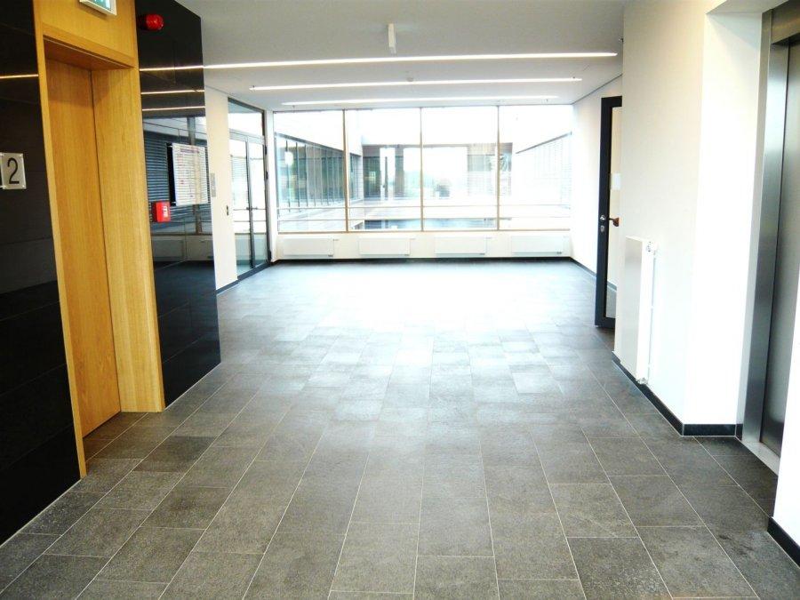louer bureau 0 chambre 30 m² leudelange photo 2