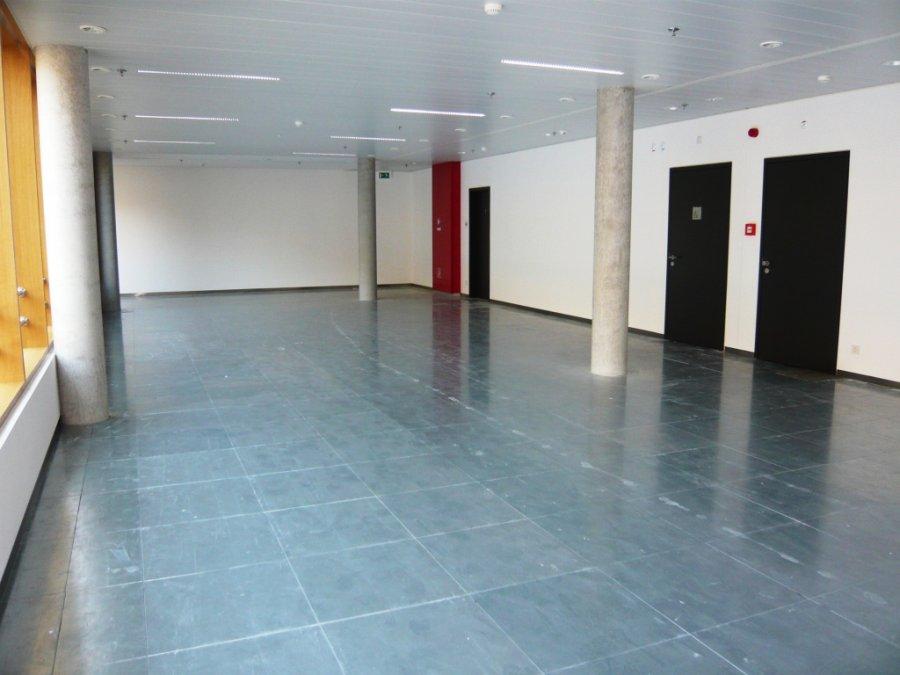 louer bureau 0 chambre 30 m² leudelange photo 5
