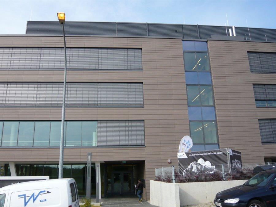 louer bureau 0 chambre 30 m² leudelange photo 7