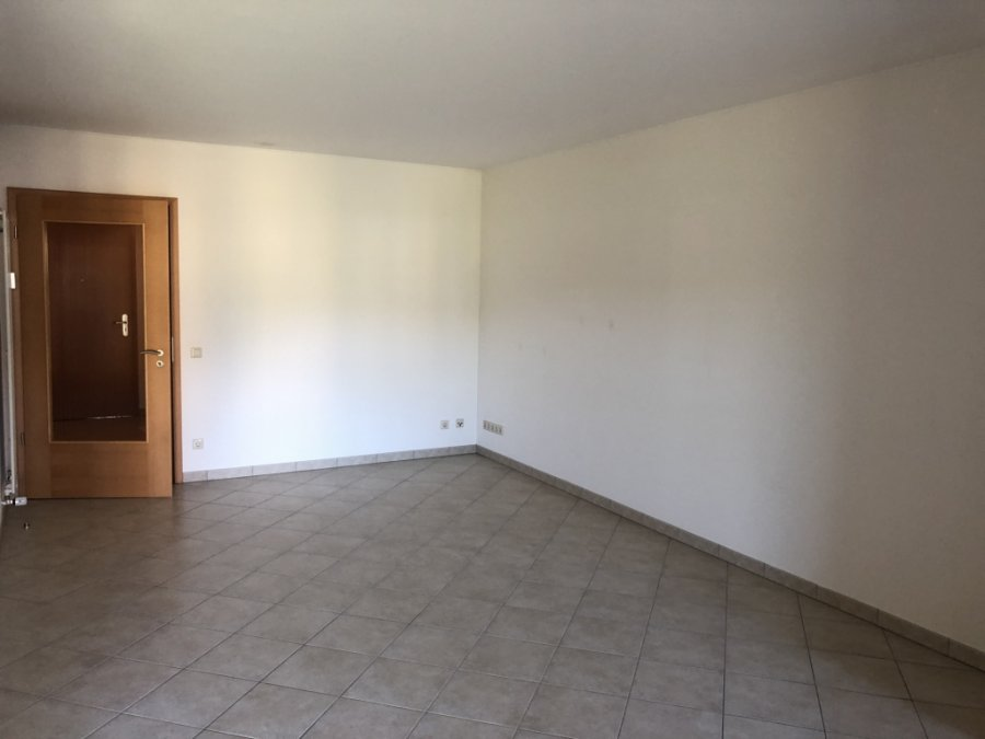 louer duplex 2 chambres 90 m² saeul photo 3