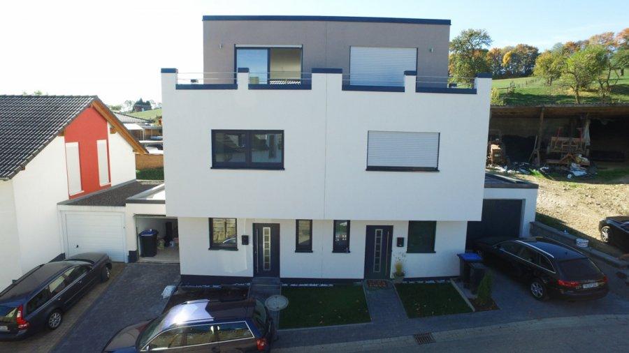 renditeobjekt kaufen 10 zimmer 205 m² newel foto 1