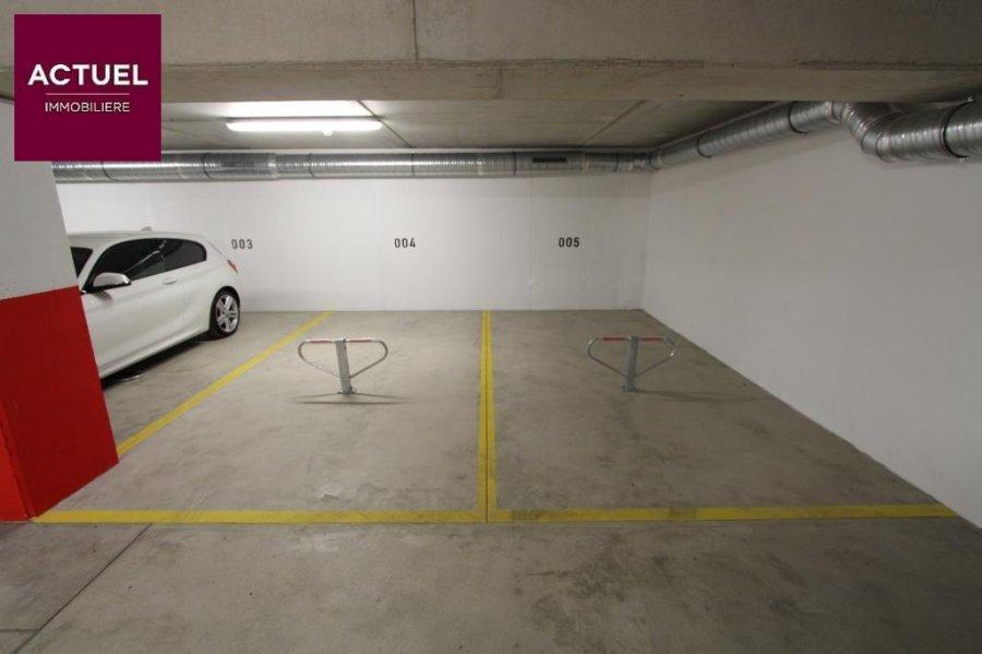 louer garage-parking 0 chambre 0 m² rodange photo 4