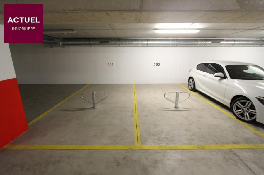 louer garage-parking 0 chambre 0 m² rodange photo 5