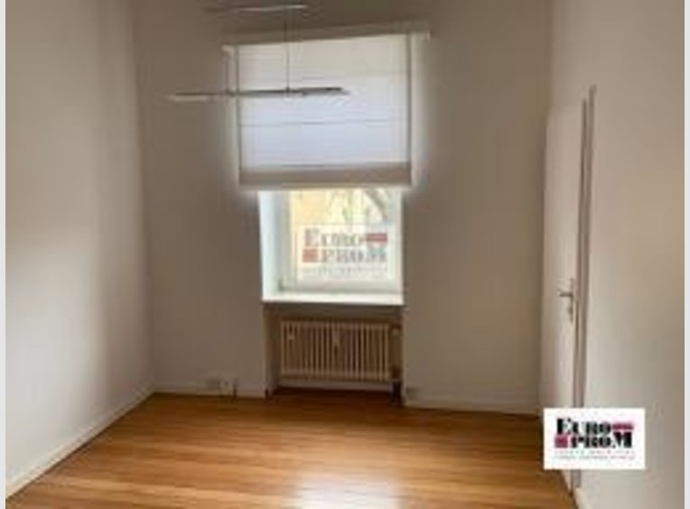 Bureau à louer 6 Chambres à Luxembourg (LU) - Réf. 6216405