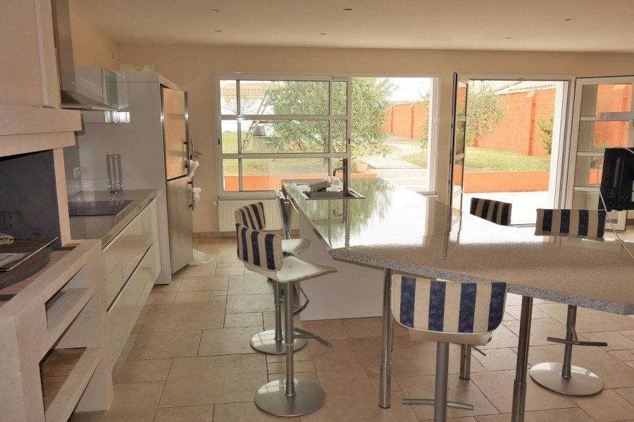 acheter maison 9 pièces 260 m² les sables-d'olonne photo 1