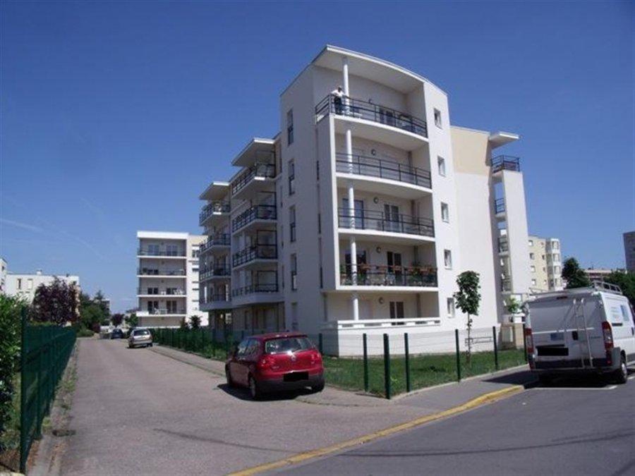 louer appartement 2 pièces 33 m² thionville photo 2