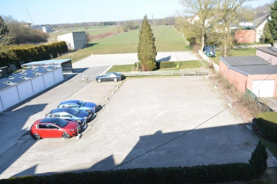 louer garage-parking 0 chambre 0 m² strassen photo 1