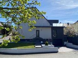 House for sale 4 bedrooms in Dudelange - Ref. 7181813
