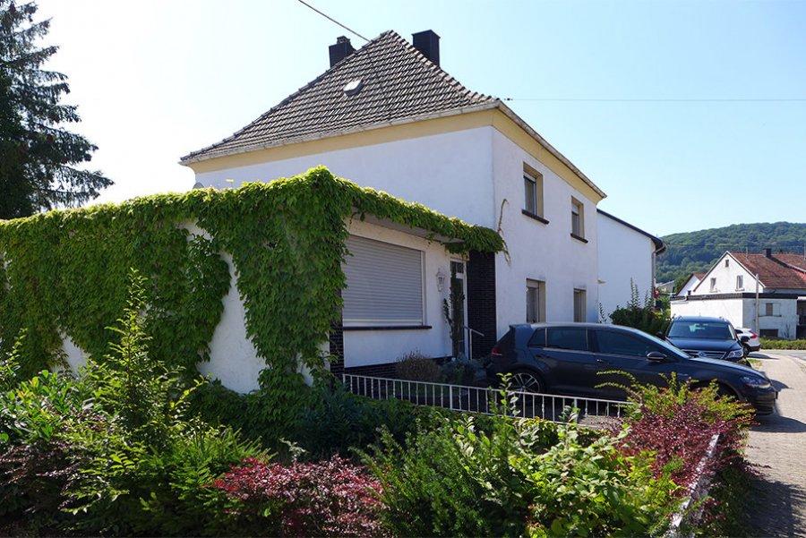 haus kaufen 9 zimmer 255 m² lebach foto 2