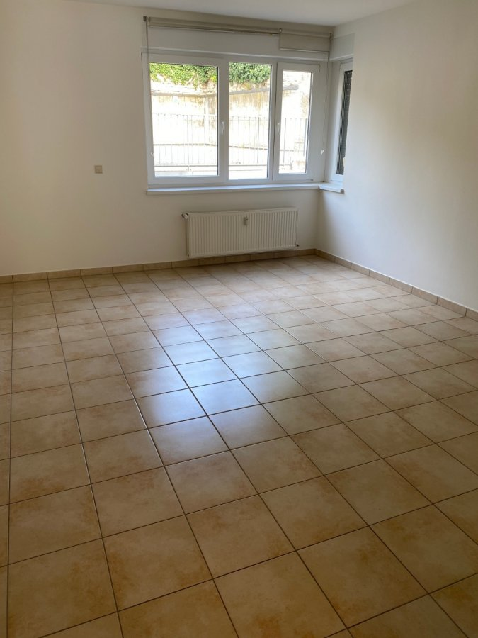 louer appartement 1 chambre 77.48 m² wormeldange photo 3