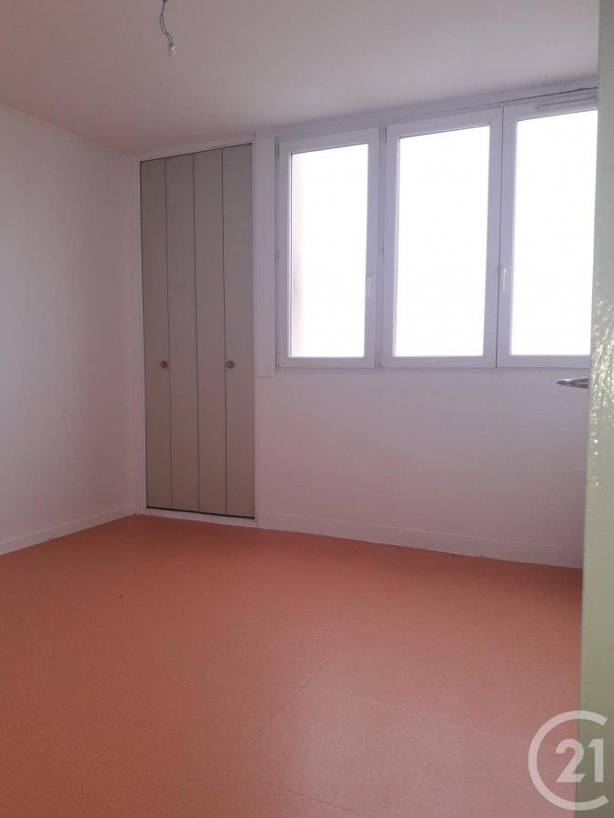 louer appartement 3 pièces 67.71 m² sin-le-noble photo 1