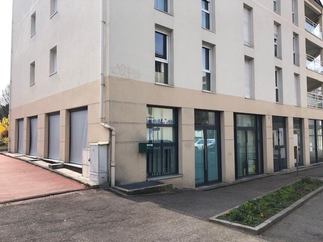 louer bureau 4 pièces 118 m² montigny-lès-metz photo 1