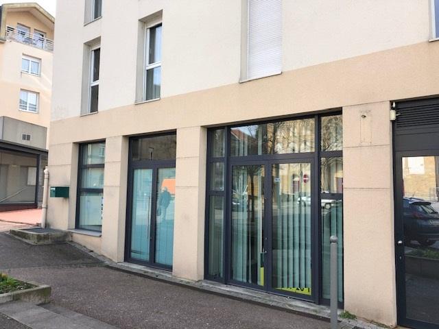 louer bureau 4 pièces 118 m² montigny-lès-metz photo 2
