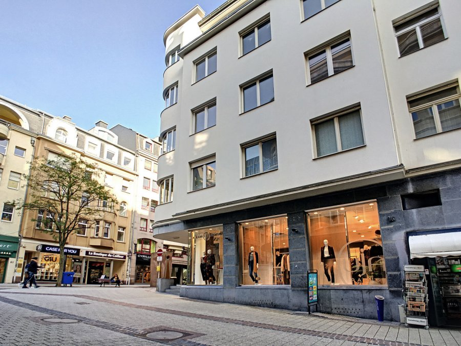 louer local commercial 0 chambre 110 m² luxembourg photo 2