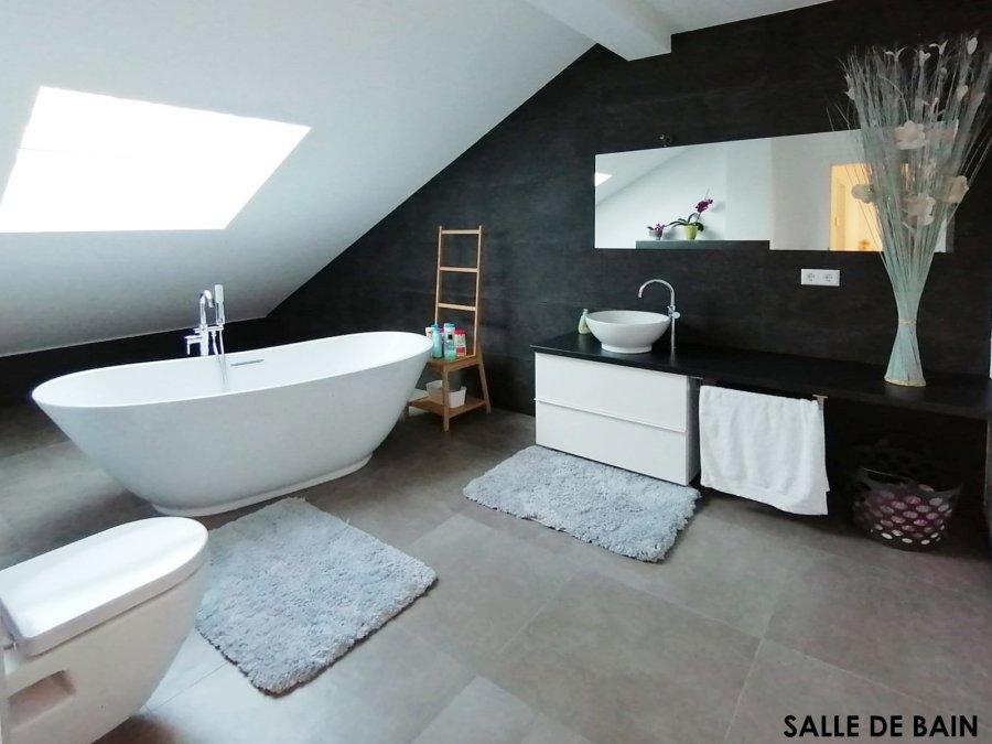 Maison jumelée à vendre 6 chambres à Reuland