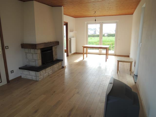 house for rent 3 rooms 90 m² attert photo 5