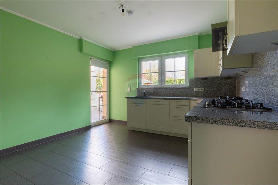 Maison jumelée à vendre 6 chambres à Rodange
