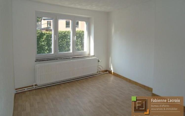 louer appartement 0 pièce 110 m² huy photo 2