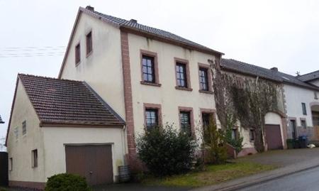 haus kaufen 7 zimmer 142.59 m² lebach foto 1