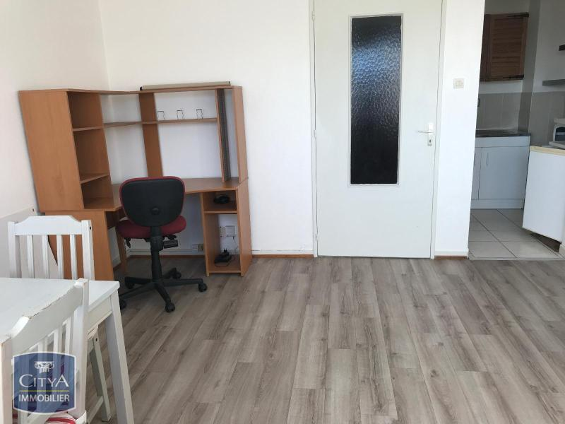 louer appartement 1 pièce 27 m² illkirch-graffenstaden photo 2