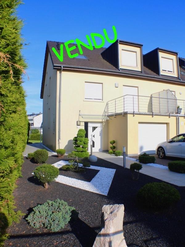 Maison jumelée à vendre 5 chambres à Bettembourg
