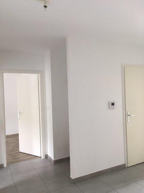 Appartement à louer F4 à AEROPARC