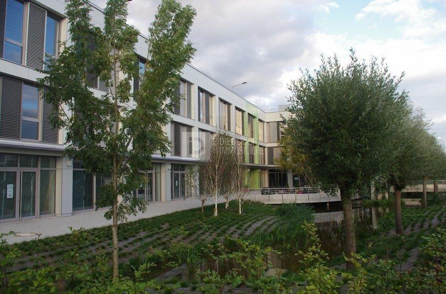 louer bureau 0 chambre 53 m² windhof photo 2