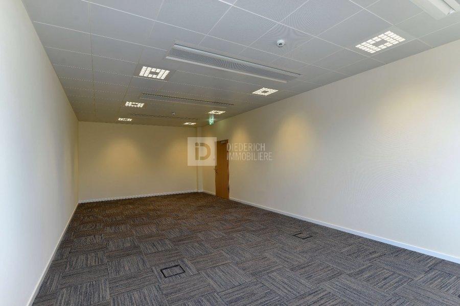 louer bureau 0 chambre 53 m² windhof photo 4
