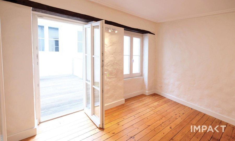 dreigeschossige wohnung mieten 3 schlafzimmer 125 m² luxembourg foto 1