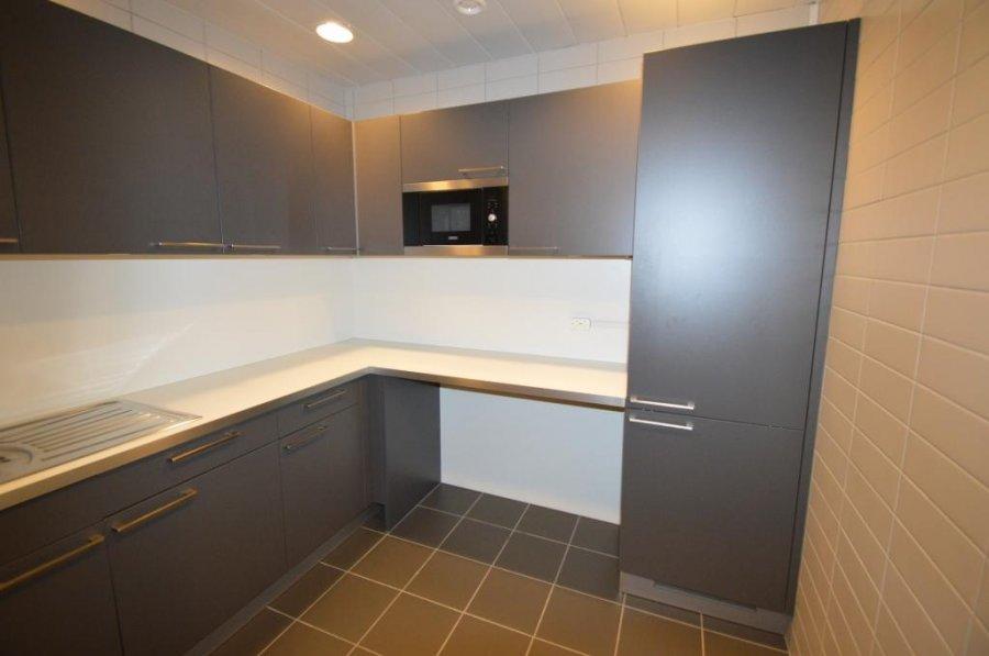 louer bureau 0 chambre 259.1 m² leudelange photo 5