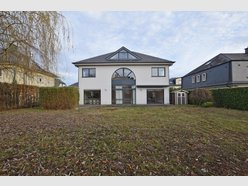Detached house for sale 4 bedrooms in Strassen - Ref. 6259254