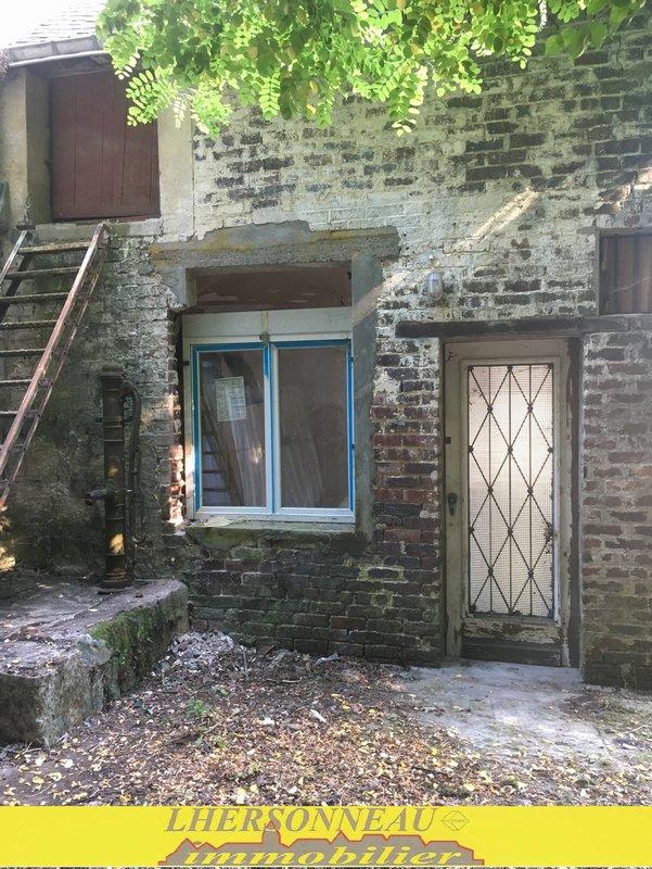 Maison à vendre F2 à La chartre sur le loir