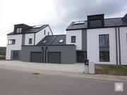 Terraced for rent 5 bedrooms in Junglinster - Ref. 6710086