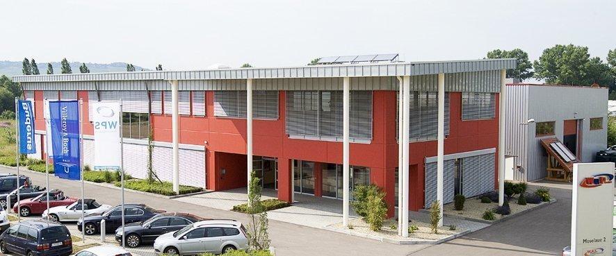 acheter terrains industriel 0 pièce 2402 m² perl photo 1