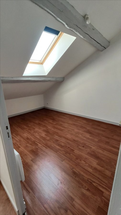 Appartement à louer F3 à Remiremont