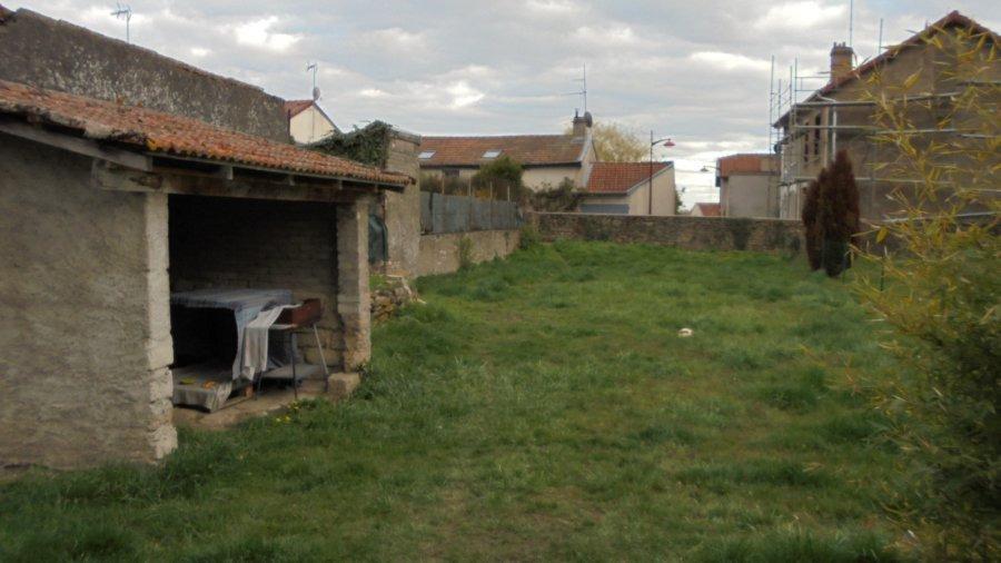 Immeuble de rapport à vendre F8 à labry centre village