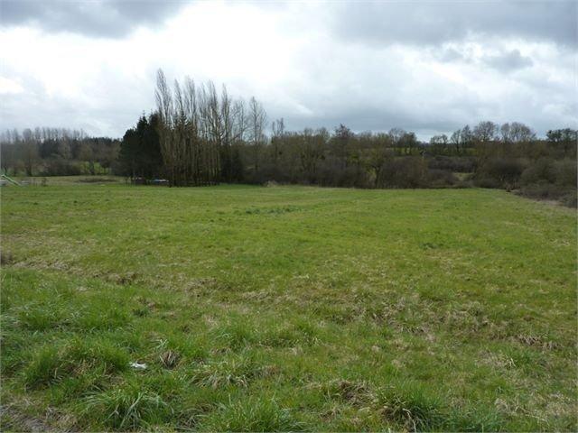 Terrain constructible à vendre à Waldweistroff