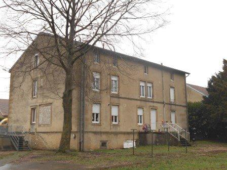 acheter immeuble de rapport 0 pièce 600 m² étain photo 2
